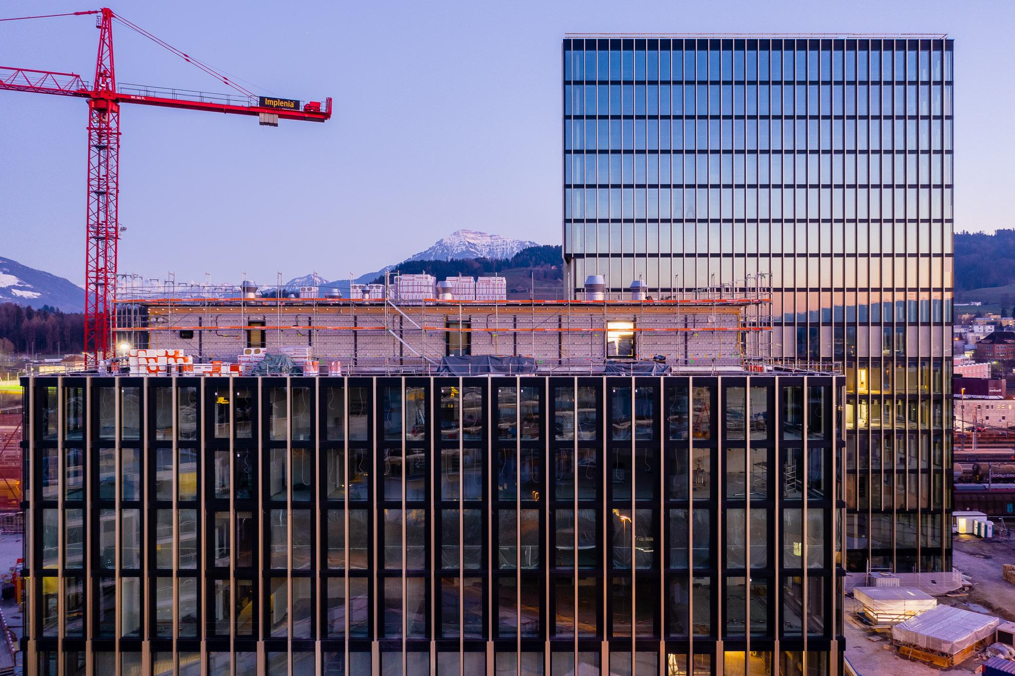 Suurstoffi: Campus der Hochschule Luzern in einer Luftaufnahme