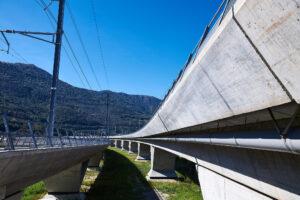 Monte Ceneri Basistunnel Viadukt bei Camorino.